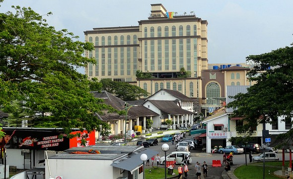 The Waterfront Hotel and Merdeka Shopping Mall, Historic District, Kuching, Sarawak, Malaysian Borneo