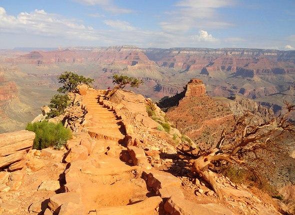 Escursione a Cedar Ridge sul South Kaibab Trail nel Grand Canyon National Park in Arizona