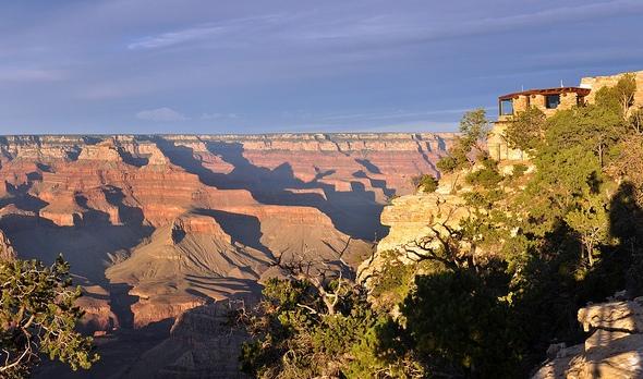 Yavapai Point and Yavapai Geology Museum, Grand Canyon Village, Grand Canyon National Park, Arizona