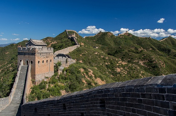 Hiking Great Wall of China at Jinshanling, a Guided Day-Tour from Beijing