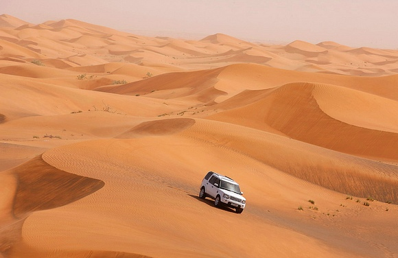 The 7 Best Dubai Desert Safaris and 4WD Desert Tours