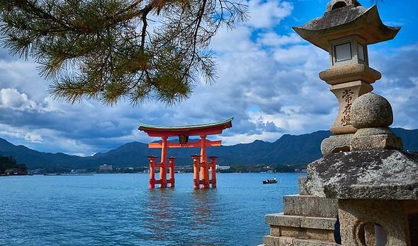 Le Migliori Escursioni da Osaka al Monte Koya, ad Hiroshima e Miyajima Island ed al Castello di Himeji