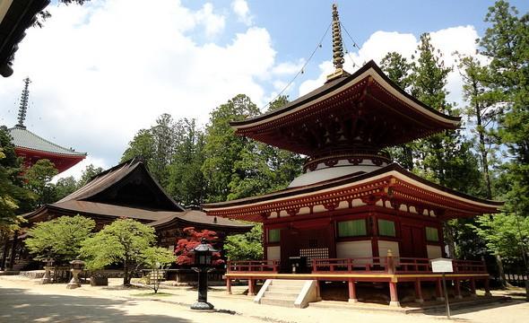 Entering Danjo Garan Complex coming from Kongobu-ji Temple, Koyasan, Japan
