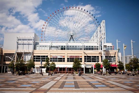 Tempozan Marketplace and Giant Ferris Wheel, Tempozan Harbor Village, Osaka Bay Area, Japan