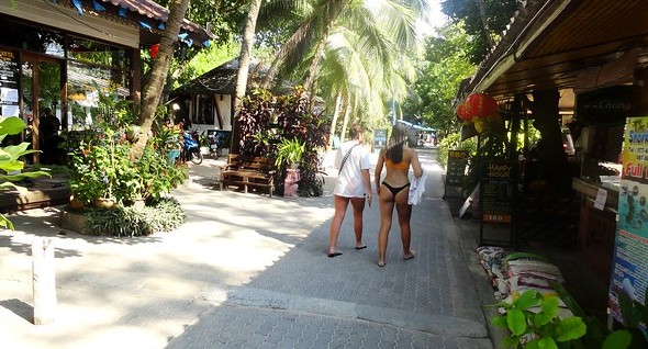 Walking Street, Sairee Beach, Koh Tao, Thailand