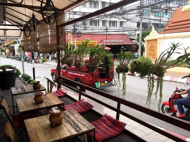 Guida a Dove Alloggiare a Chiang Mai e gli Ostelli e gli Alberghi Più Belli