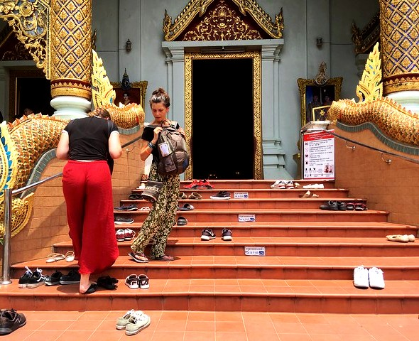 No Shoes Inside! Wat Phra Singh, Chiang Mai, Thailand