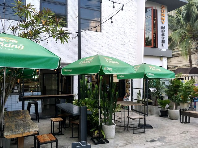 Sunny Hostel, Moonmuang Road (Mun Mueang Road), Old City, Chiang Mai, Thailand