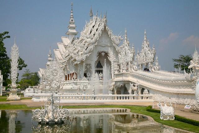 Visiting Wat Rong Khun, White Temple, Chiang Rai, Thailand