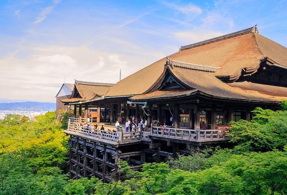 Terrace, Kiyomizudera Temple, Central Higashiyama, Kyoto, Japan