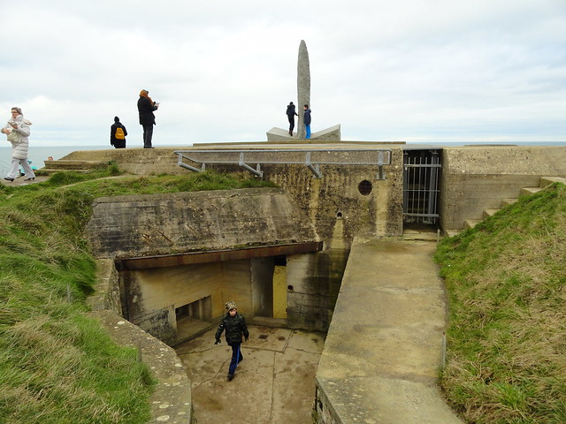 Exploring the Bunker, Pointe du Hoc, Cricqueville-en-Bessin, Calvados, Basse-Normandie, France