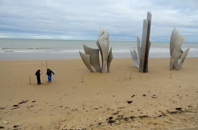 Normandia: Visitare Longues-sur-Mer, Omaha Beach e la Pointe du Hoc