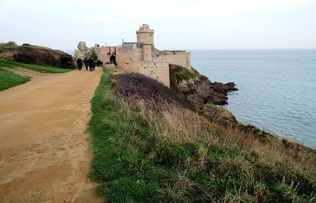 Approaching Fort La Latte, Côtes-d'Armor, Bretagne, France