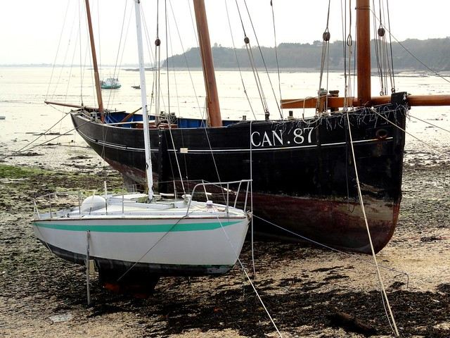 Boats at Low Tide, Port de la Houle, Cancale, Ille-et-Vilaine, Bretagne, France