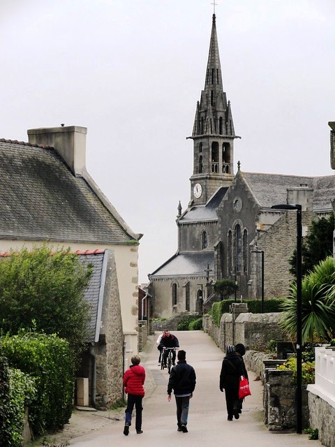 Quiet Street in the Village, Ile de Batz, Finistère, Bretagne, France