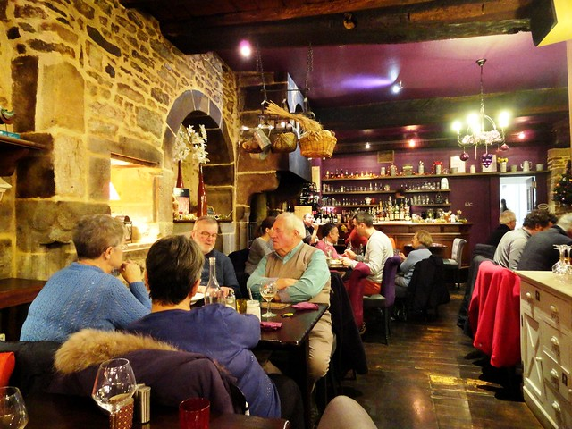 Restaurant, Dinan, Côtes-d'Armor, Bretagne, France