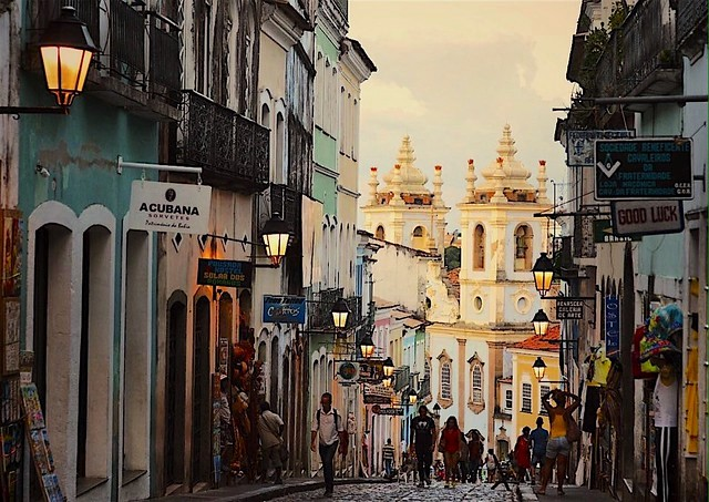 Walking in the Pelourinho, Salvador da Bahía, Brazil
