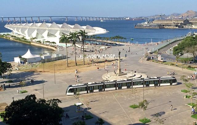 Tram VLT at Praça Mauá with Museu do Amanhã (Museum of Tomorrow), Rio de Janeiro, Brazil