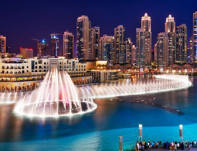 Dubai Fountain at Khalifa Lake, Downtown Dubai, Dubai, UAE