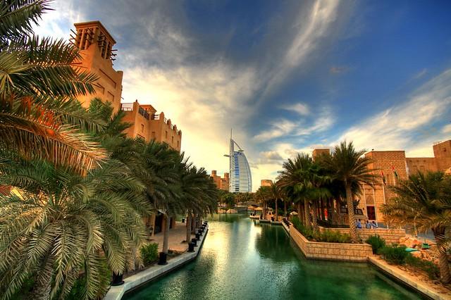 Exploring Souk Madinat Jumeirah, Dubai, UAE