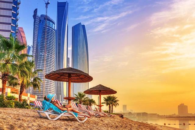 Cosa Vedere ad Abu Dhabi: i 9 Posti Più Belli da Non Perdere ad Abu Dhabi