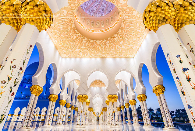 Sheikh Zayed Grand Mosque Gallery in Blue Hour, Abu Dhabi, UAE