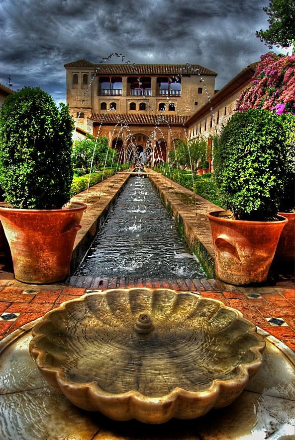 Generalife Gardens, Alhambra, Granada, Andalusia, Spain