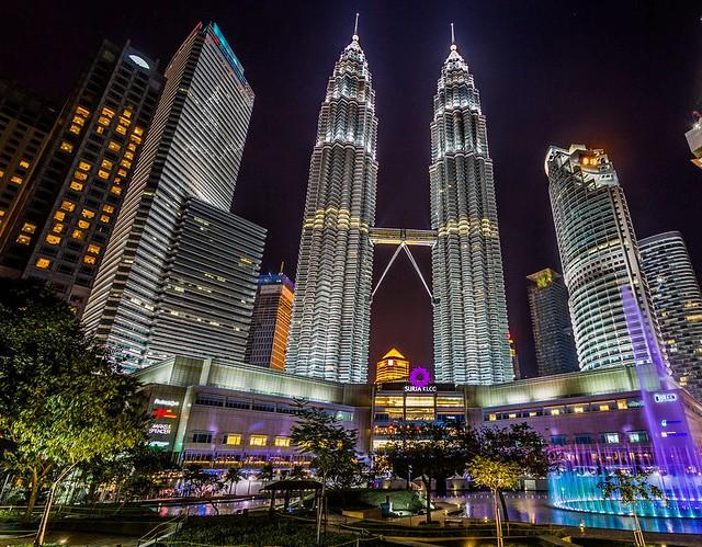 Petronas Twin Towers and KLCC, Kuala Lumpur, Malaysia