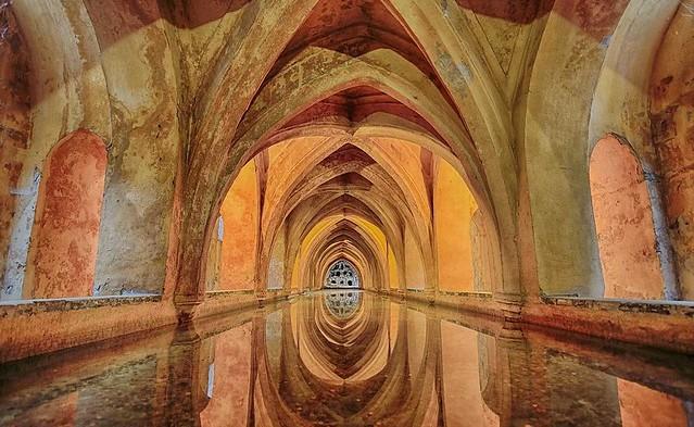 Los Baños de doña María de Padilla, Real Alcázar, Sevilla, Andalusia