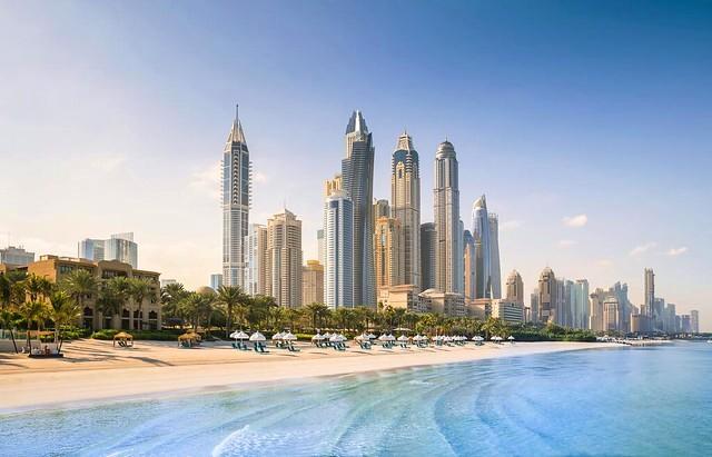 Dove Dormire sulla Spiaggia a Dubai: le 4 Zone Più Belle di Jumeirah Beach
