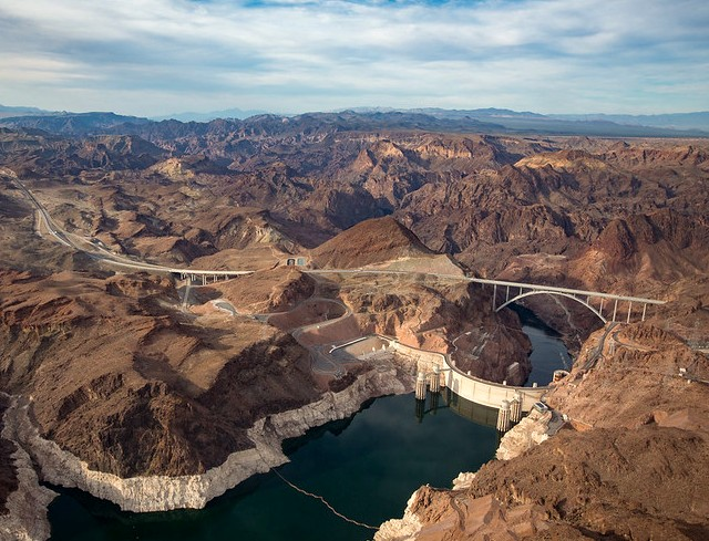 Flight Over Grand Canyon West Tour: Great View of Hoover Dam and Lake Mead, Arizona and Nevada