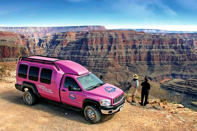 The Best Bus Tours to Grand Canyon from Las Vegas (with Pros and Cons)