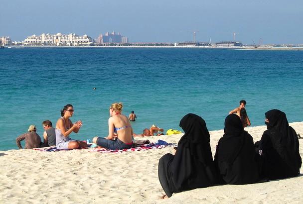 Women with Abaya on the Beach, Dubai, UAE